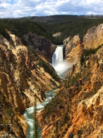 Cascate di Yellowstone Falls nel Wyoming - USA