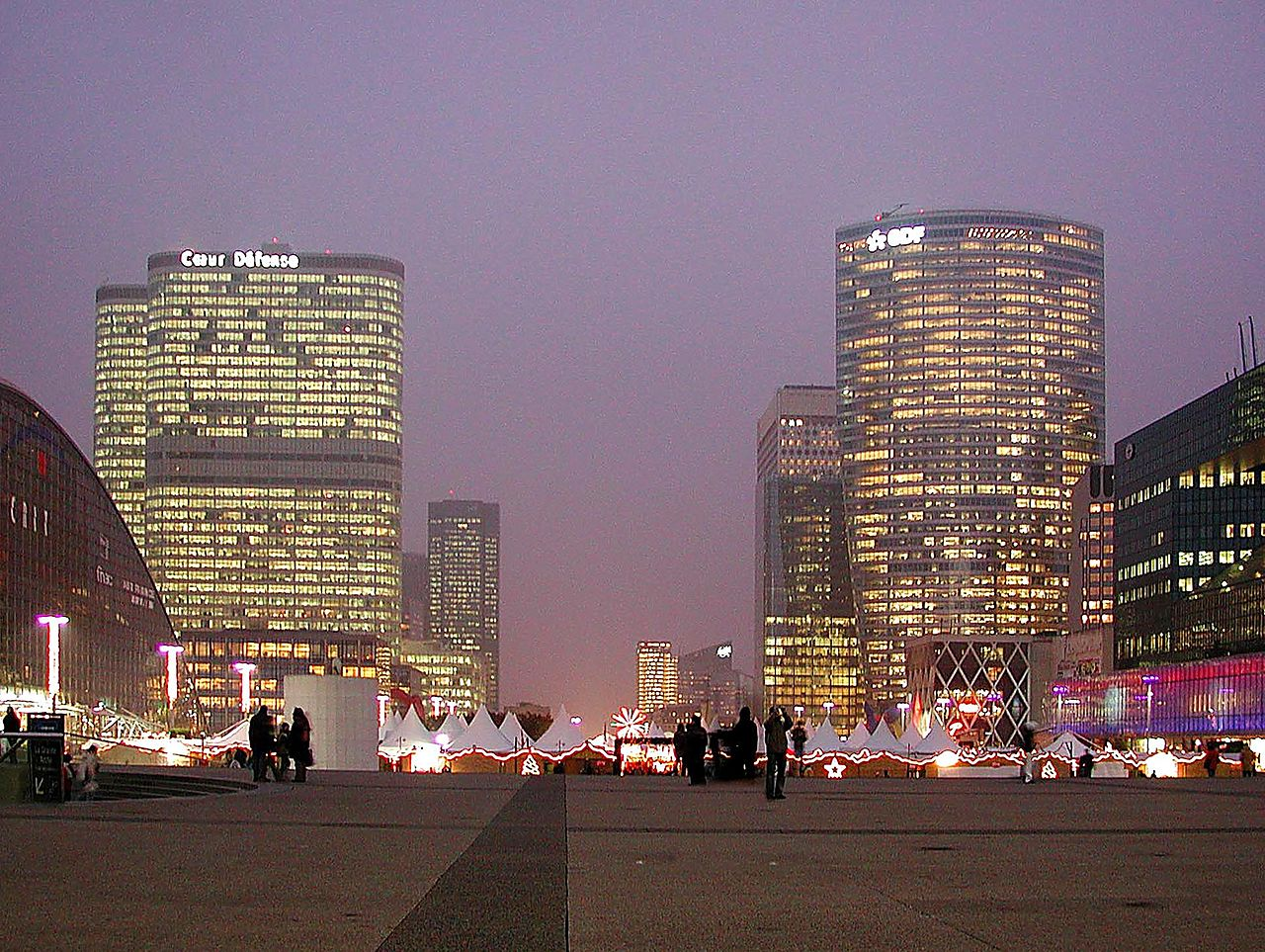 La Defense a Parigi in Ile-de-France - Francia